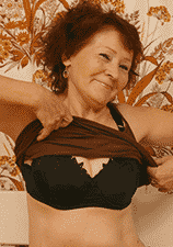 phone sex granny showing off her bra